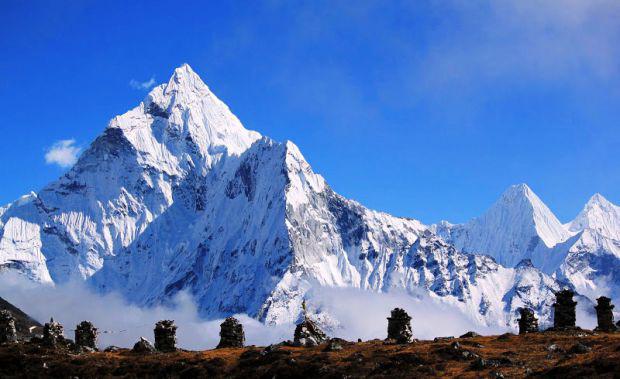 L'Island Peak, de 6.189 metres, al Nepal.