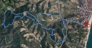 El recorregut de la bicicleta transcorre per camins de muntanya, a la zona del Montnegre. Foto: Calella Trail Festival