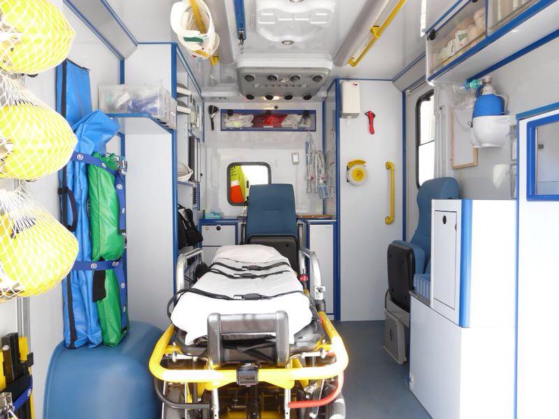 La SEM és com un hospital mòbil, amb els mateixos mitjans que un box d'urgències. Foto: SEM Calella