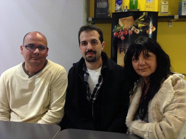 Desvirtualització del grup. En Gabriel Belvedere ha fet d'intermediari entre en Miguel Àngel i la Mercè. Foto: carlespascual.cat