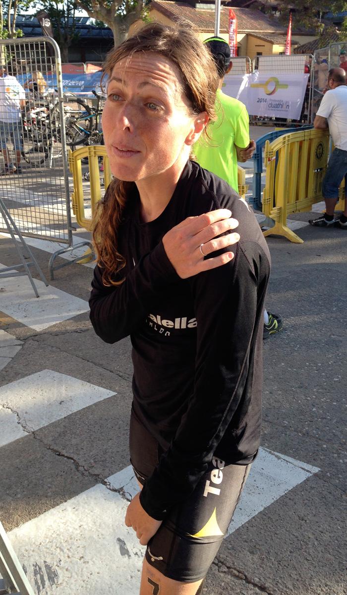 Anna Rovira ha acabat lesionada a l'espatlla esquerra. Foto: carlespascual.cat