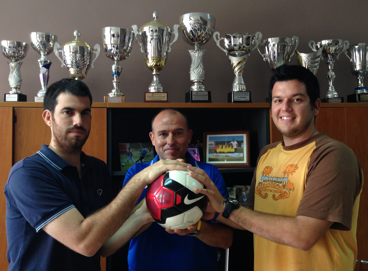 D'esquerra a dreta, Jordi Ribas [secretari], Toni Sánchez [president] i Eloi Moreno [coordinador]. Foto: carlespascual.cat
