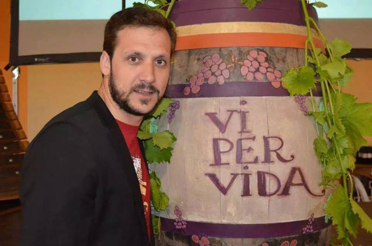 En Xavier Ayala dirigeix 'Vi per Vida', una associació sense ànim de lucre que recapta fons per a la investigació de la metàstasi. Foto: Vi per Vida