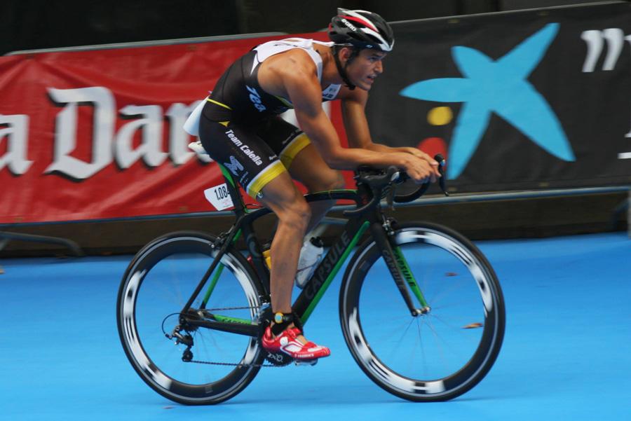 En Guillem Rojas, a punt de fer la transició al Campionat de Catalunya a Banyoles. Foto: Absolut Sport Triatlon