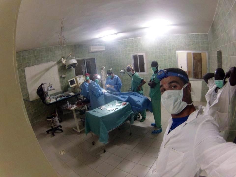 Joan Pedrero ha coincidit a l'Àfrica amb l'esclat del brot d'ebola. Imatge a l'hospital de Thionck Essyl. Foto: Joan Pedrero