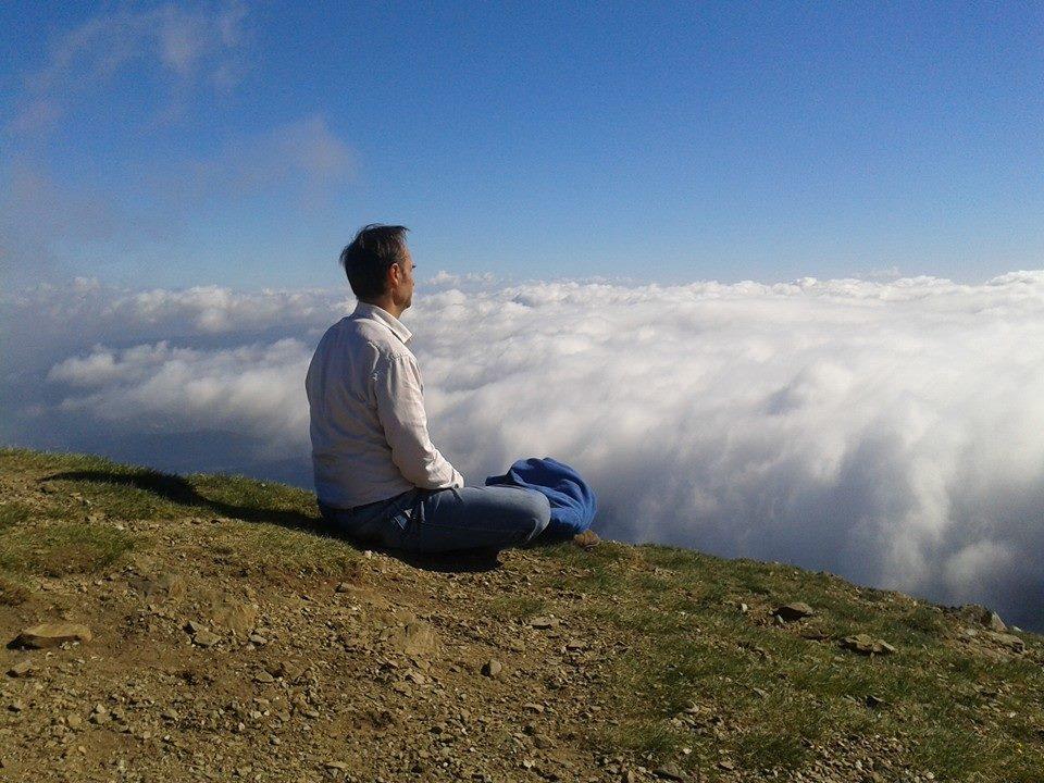 Josep Maria Juhé, la muntanya i la meditació. Una de les seves passions. Foto: Facebook Josep Maria Juhé