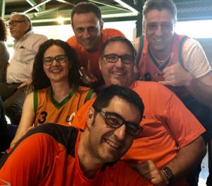 D'esquerra a dreta: Xavier Arnijas, tresorer; Toni Camacho, vocal; Mireia Gras; David Fors, president; i Carles Pascual, secretari. Desplaçament a Santa Coloma de Gramenet